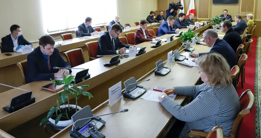 В Новгородской области создан штаб по преодолению кризиса